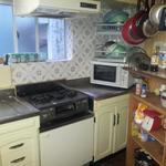 Photo: キッチン                             - リフォーム済の綺麗なお部屋です。