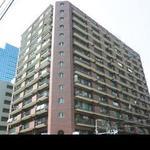 画像: 建物外観                             - オートロック大型マンションで5人のシェアハウスです。