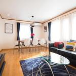 Photo: リビング                             - Luxury! Clean! Renovated! International exchange! Private room & Female share room available.