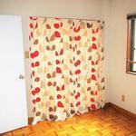 画像: 個室                             - ♦♫♦・*女性専用ルームシェア!プライベートバルコニー付きの可愛い個室(洋室、4.5帖)/鍵付きのお部屋です!*♦♦♫♦  短期可♪/  更新可♪ (更新手数料は一切掛かりません  )