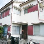 画像: 建物外観                             - 奈良県生駒市南生駒の一軒家で空き部屋あります。駅徒歩7分。スーパーやコンビニなど近いです。