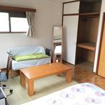 画像: 個室                             - 新宿駅まで電車で6分! 好立地中野のインターナショナルシェアハウス