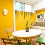 画像: ダイニング                             - YOGA・アロマ リラクゼーションサロン付き、温かみある一軒家でスローライフ