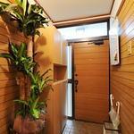 画像: 玄関                             - 中央線 阿佐ヶ谷駅から徒歩5分、女性専用シェアハウスです。