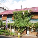 Photo: 建物外観                             - 根津の古民家シェアハウス兼フランス菓子屋 アトリエ22畳 リビング20畳