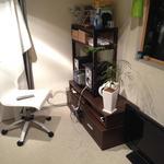 画像: 個室                             - 【表参道駅徒歩7分! 港区南青山、日当たり抜群、広いベランダつきマンションでルームシェア