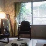 画像: リビング                             - 庭付き10畳サイズ個室(35000円)、5畳個室(25000円)の入居者募集!! (5月のみ賃料)