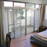 Photo: Single Room                             - Big sunny room, close to numerous train lines 1