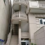 画像: 建物外観                             - ☆☆都営大江戸線森下駅徒歩2分!駅近!2人可!事務所にも最適☆☆