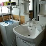 画像: 洗面所                             - <残り3部屋>【女性限定】静かで落ち着ける生活環境。今ならどの部屋も【29,800円】♪町田のシェアハウス、新規オープンキャンペーン実施中♪