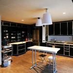 画像: キッチン                             - 【リーズナブル!!広くて豪華♪♪】シェアハウスのテーマは海外旅行!世界は広い!家も広い !!