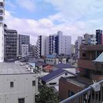 画像: ベランダ                             - 女性募集☆新三河島駅から徒歩1分☆綺麗な洋室(個室)
