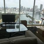 画像: リビング                             - 眺めがきれいな浜松町タワーマンション。即入居可。初期費用なし