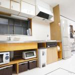 画像: 個室                             - 日比谷線三ノ輪駅徒歩5分、都電三ノ輪橋駅徒歩1分のシェアハウス。人気の鍵付き個室部屋(9.5平米)のご案内です。