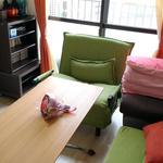 画像: 個室                             - 銀座・東京駅近い鍵付個室ベッド机ソファあり