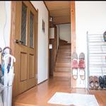 画像: 玄関                             - 【ペット好き・音楽家の方へ】レトロな戸建でのルームシェア