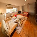 画像: リビング                             - 都心へのアクセスが便利&国際色豊かなシェアハウス!