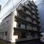 画像: 個室                             - 新宿御苑前駅まで徒歩3分、新宿三丁目駅まで徒歩6分!