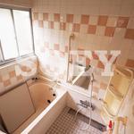画像: 風呂                             - 【女性限定】3月フリーレントキャンペーン中!♪ベッド等設備完備即入居できます!