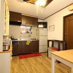 Photo: キッチン                             - 渋谷13分 自由が丘8分 女性限定 6帖個室 掃除当番無しの少人数制シェアハウス