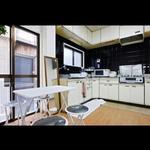 画像: キッチン                             - 泉佐野 駅2分 個室 Wi-Fi &光熱費込み鉄骨造3階建 4F屋上あり