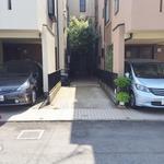 画像: 駐車場                             - 初台駅徒歩4分 西新宿まで1kmの駐車場