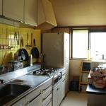 画像: キッチン                             - 一軒家。二人でルームシェアする方募集
