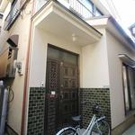 画像: 建物外観                             - I'll share typical Japanese house with you ★private rooms★2rooms accomodate up to 4people