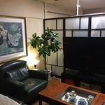 画像: リビング                             - 人気の町!三軒茶屋駅から徒歩10分マンションで広いベランダ付の6帖個室でルームシェアしませんか!!