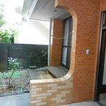 画像: 玄関                             - 安里駅7分、便利、広い、静か、清潔なシェアハウス