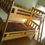 画像: ベッド                             - 家探しで困ってる方、一月光熱費込み24000円で住む事できます☆生活に必要なものは揃ってます☆