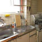 画像: キッチン                             - 駅から徒歩2分。家具家電付きのルームシェア。