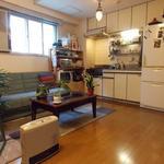 画像: キッチン                             - 環境抜群!! シェアアパートメント  立地最高-レアもの原宿住宅街エリア。