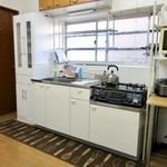 画像: キッチン                             - 清潔なプライベートルームで吉祥寺