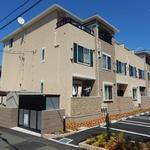 画像: 建物外観                             - 新築☆キレイなメゾネット☆最寄り駅から池袋まで約20分