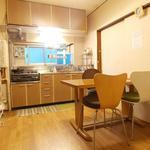 画像: キッチン                             - 5帖プライベートルーム!京王新線/幡ヶ谷駅から徒歩8分、 3ベッドルームのシェアアパート