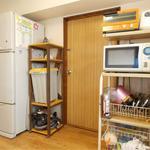画像: ダイニング                             - 5帖プライベートルーム!京王新線/幡ヶ谷駅から徒歩8分、 3ベッドルームのシェアアパート