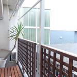 画像: ベランダ                             - 6畳プライベートルーム!京王新線/幡ヶ谷駅から徒歩8分、 3ベッドルームのシェアアパート