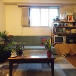 """画像: リビング                             - 原宿3大公園住宅地プライベートルーム """" Harajuku Parkside Private room w/Green view # 202-8j """""""