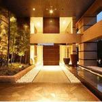 画像: 建物外観                             - ハイグレード高級マンションの個室6畳/徒歩1分のバス停から池袋・北千住・赤羽・王子駅利用可