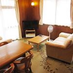 画像: リビング                             - 新宿の日当たりの良い個室