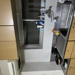Photo: キッチン                             - 6畳完全個室・WiFi・冷暖房完備・洗濯機あり・風呂トイレ別・4月以降長期で住める方を募集します!