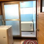 Photo: 風呂                             - ネット無料!!4LDK物件!!現在満室(予約受付中!!)