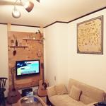 画像: リビング                             - 4LDK 庭付き1軒家! 西船橋6分! 個室、相部屋あり。少人数制! リゾート&カフェ*