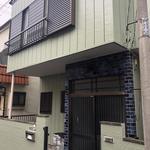 画像: 建物外観                             - 川崎駅から徒歩8分!10畳個室!