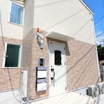 画像: 建物外観                             - 【家賃2.2万円&駅近】女性専用オシャレ&リーズナブルなシェアハウス