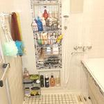 画像: 風呂                             - 博多区4DKマンションの個室です