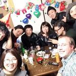 画像: リビング                             - 旅人と酒飲みが集まるシェアハウス ハクナマタータ