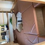画像: リビング                             - 読書好きな人のための小さなシェアハウス