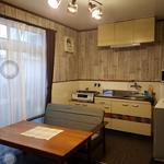 画像: リビング                             - 保証人不要❗️フリーター歓迎✳️蛍池駅12分で家賃3万円~! 家具家電たっぷり収納あり。鍵付き個室!